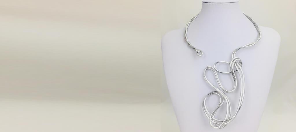 Aja Jewelry Art